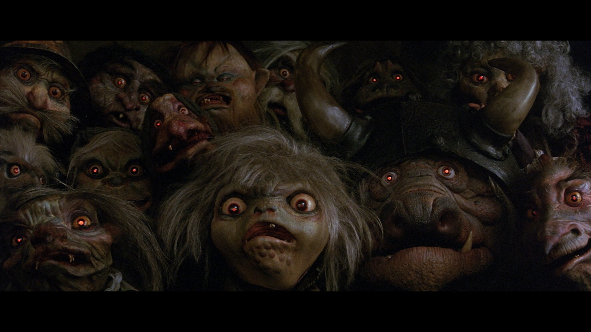 goblins-with-glowing-red-eyes-labyrinth-9029050-1920-1080